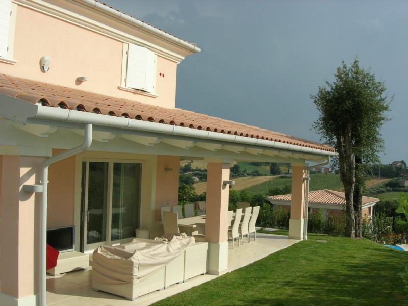 Villa in vendita a montecosaro re casa - Piano casa marche ...